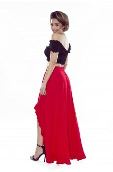 37-06 Sofia – sukienka z wycięciem na ramionach (czerwony)