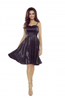 Rozkloszowana sukienka z błyszczącym dołem