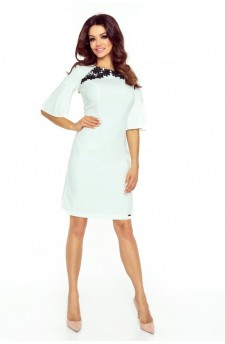 71-12 LISA klasyczna i wygodna sukienka (ecru)