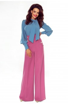 Flowing wide pants with a higher waist and decorative buttons