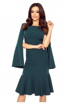 Cocktail dress with cut-out sleeves